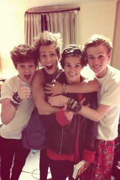 the vamps!!!<3<3<3