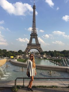 Paris fashion girl outfit ootd