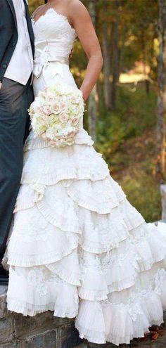 Fluffy Popular Custom Design Wedding Dresses, Newest Strapless Wedding – ClaireBridal #weddingdresses #laceweddingdresses #weddings #bridalgown