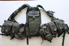 Gear loadouts: Pics, Details, and Discussion - Page 6 - Minnesota Airsoft Association Military Tactical Vest, Tactical Belt, Tactical Clothing, Military Gear, Tactical Survival, Survival Gear, War Belt, Special Forces Gear, Battle Belt
