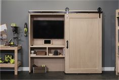 #DIY Work/Play station by Tom Bury. Click thru for plans at Ryobi Nation's Dream Workshop.
