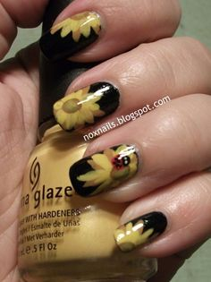 I wish I had the time these people have to do my nails like this