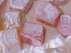 Perfect Turkish Delight Recipe Christmas eve presents Just Desserts, Delicious Desserts, Yummy Food, Greek Desserts, Cream Candy, Halal Recipes, Arabic Sweets, Recipe Filing, Turkish Delight
