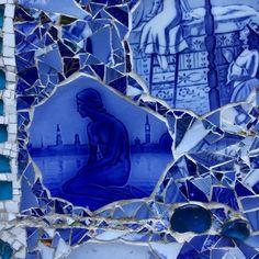 #Mosaic #Streetart #art #design #copenhagen #denmark #christiana #christianshavn #freetownchristiania #freetown #blue #pottery #crockery #brokenplates #mosaicart #mosaictiles #tiles #mosaics #mermaid #thelittlemermaid #littlemermaid