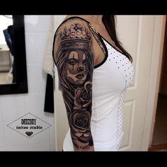 71 mil seguidores, 0 seguindo, 290 publicações - Veja as fotos e vídeos do Instagram de Vladimir Drozdov (@drozdovtattoo) Chicano Tattoos, Arm Tattoos, Body Art Tattoos, Nice Tattoos, Tatoos, Payasa Tattoo, Tattoo Shop, Catrina Tattoo, Gothic Tattoo