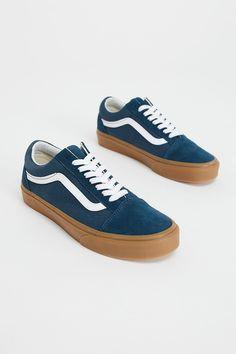 10a8488a63a Slide View 4  UA Old Skool Gum Sneaker Vans Style