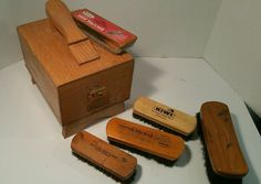 Vintage Griffin Shinemaster Oak Dovetail Shoe Shine Box 5 Horse Hair Brushes