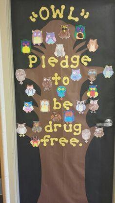 Christmas+Classroom+Door+Decorating+Contest | Week Door Decorating Inspiration! Enter your best Red Ribbon Week Door ...