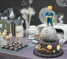 Una fiesta espacial infantil en All Lovely Party