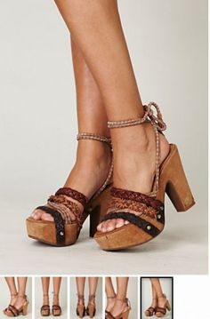 Love love love these ethnic sandals! <3