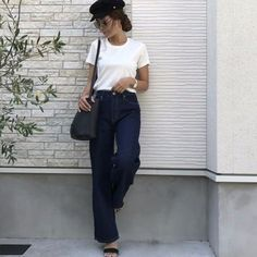 Get in on the trend before everyone else with More Jeans Denim. Shop gorgeous plain jeans with a stylish extended length. Ripped Denim, Skinny Jeans, Designer Jeans For Women, Plain Shirts, Jeans Material, Denim Shop, Jeans Style, Boyfriend Jeans, Luxury Fashion