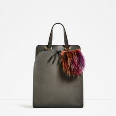 Discover the new ZARA collection online. Unique Handbags, Stylish Handbags, Chanel Handbags, Tote Handbags, Grey Backpacks, Zara Bags, Scarf Jewelry, Backpack Purse, Bucket Bag