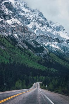 Icefields Parkway (Banff, Alberta) by Daniel Han [unable to find a working link, was featured on a Tumblr site that no longer exists]