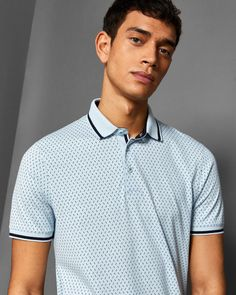 Pay homage to this season's t-shirt and top trends with our pick of the crop style staples. From trans-seasonal printed jumpers to slogan t-shirts and tees, collared polos tops - let's get graphic or be picture-perfect in patterns or plain designs. Hang Ten, Good Looking Men, Half Sleeves, Printed Cotton, Ted Baker, Tee Shirts, Tees, Men Sweater, Mens Fashion