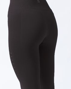 black squat proof leggings Athletic Body, Body Contouring, Intense Workout, Going To The Gym, Workout Leggings, Squats, Activewear, Looks Great, Thighs