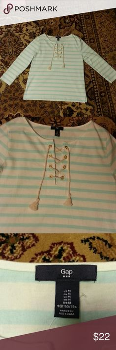Stripped lace up top 3/4 sleeves. Worn once GAP Tops