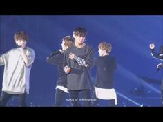 Taehyung dropped his mic! - YouTube