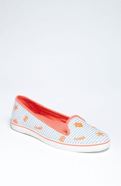 Because I don't need another pair of summer shoes. but they are searsucker! Sperry Top-Sider® 'Westport' Flat available at Nordstrom Perry Olive Oyl, Latest Shoes, Glass Slipper, Sperry Top Sider, Summer Shoes, Fashion Advice, Cute Shoes, Sperrys, Boat Shoes