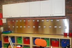 magnetic word wall...Fabulous in First: My Classroom