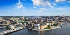 Gamla Stand, Stockholm, Schweden / Shutterstock.com Oslo, Stockholm City, Karaoke, Paris Skyline, River, Outdoor, Romantic Ideas, Sweden, Outdoors