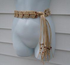 Macrame Belt Beige with Wooden Beads. Rope tie belt. Vintage.