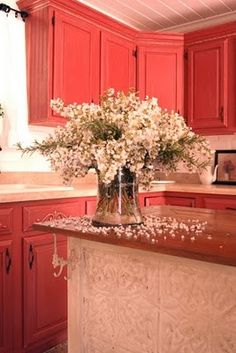 Cottage Style Kitchen With Red Cabinets. Love the red cabinets! Cottage Style Decor, Red Cottage, Cottage Decorating, Decorating Ideas, Cottage Homes, Updated Kitchen, New Kitchen, Kitchen Updates, Kitchen Ideas