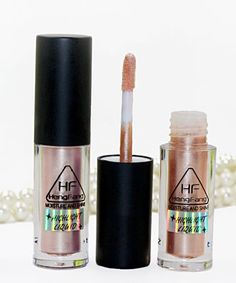 Face Makeup Glow Shimmer Liquid Highlighter Liquid Makeup, Liquid Highlighter, Highlighter Makeup, Cheek Makeup, Makeup Kit, Face Makeup, Face Contouring, Eye Contour, Eyeliner