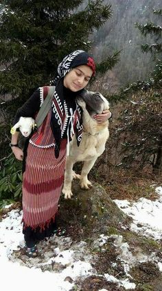 Little girl and dog- Artvin We Are The World, People Of The World, Kangal Dog, Girl And Dog, World Cultures, Animals For Kids, Animal Rescue Shelters, Beautiful Children, Cute Kids