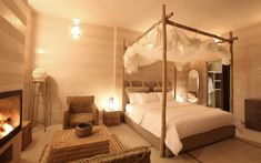 Now that Valentine's Day has passed, next year's plans are probably the last thing on your mind. But, to help you avoid those last-minute pressures, we have compiled a list of some of the most romantic hotels, destinations and resorts aroundthe world to help you plan in advance and make next year's the one to...
