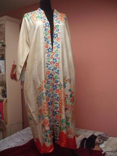 STUNNING ANTIQUE 1920s SILK KIMONO DRESSING GOWN FINE SILK PRISTINE CONDITION