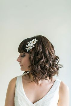 Bridal Headpiece, Flower, Leaf and Rhinestone Bridal comb – MADE TO ORDER – Style 5914 on Etsy, $125.00