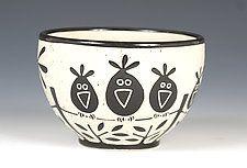 """Los pájaros en un tazón de fuente de alambre por Jennifer Falter (cuenco de cerámica) (3,5 """"x 5,5"""")"""