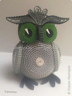 ru/ The name of artist is written below Quilling Dolls, Quilling Animals, Paper Quilling Designs, Quilling Craft, Quilling Patterns, Owl Crafts, Diy And Crafts, Arts And Crafts, Cardboard Box Crafts