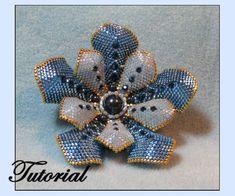 Flower Pearl Beaded Brooch - Beaded Jewelry Pattern