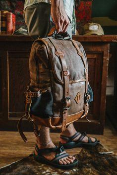 Dakota Vintage Commuter Backpack - Waxed Canvas & Leather - Saddle Tan
