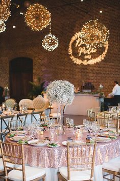 A gorgeous explosion of glitzy and glamorous rose gold! Take a look at the rose gold wedding decor ideas in our gallery below and get inspired! Wedding Reception Centerpieces, Gold Wedding Decorations, Reception Decorations, Wedding Themes, Wedding Table, Rustic Wedding, Wedding Bride, Wedding Ideas, Sequin Wedding Decor