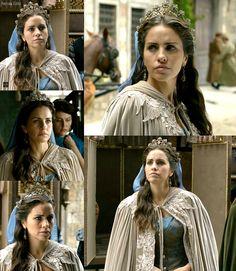 MC: Kosem - 2x02 Gevherhan Sultan, costume, dress, crown