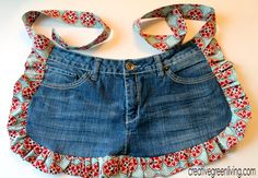 Farm Girl Apron Tutorial from Recycled Jeans ~ Creative Green Living •✿•  Teresa Restegui http://www.pinterest.com/teretegui/ •✿•