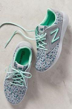 New Balance WL 1320 Sneakers