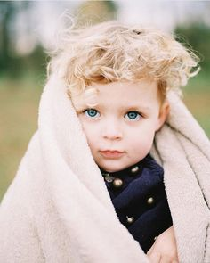 Cuteness overload on Kodak Portra 400 through a Mamiya 645 by @katiedestry #awesomehair