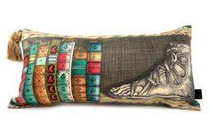 イタリアの鬼才ピエロフォルナセッティ書棚ヴィンテージ横長背当てクッション #クッション #クッションカバー #ピエロフォルナセッティ #fornasetti #vintage #ヴィンテージ #cushion #cushioncover #pillow
