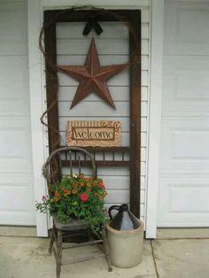 door8 Vintage Screen Doors, Old Screen Doors, Wooden Screen Door, Diy Screen Door, Old Doors, Wooden Doors, Screen Door Pantry, Pantry Doors, Modern Shutters