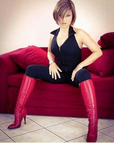 sexy woman with beautiful red boots Thigh High Boots Heels, Stiletto Boots, Hot High Heels, Heeled Boots, Sexy Outfits, Sexy Stiefel, Red Boots, Sexy Latex, Cool Boots