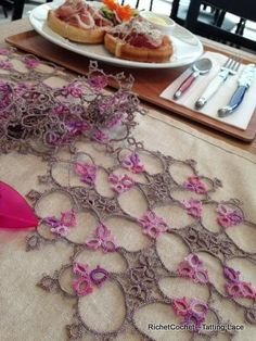 RichetCochet~~Tatting Lace