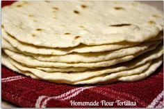 Mommy's Kitchen - Old Fashioned  Country Style Cooking: Homemade Flour Tortillas {Brings Back Memories}