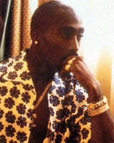 "#FlashbackFriday ""It all begins with an interview with @2pac during the days of ""All Eyez On Me"" when he was in Milan for the Versace fashion show and we had the opportunity to meet him. After the interview the atmosphere was so serene that he invited us to hisroom a suite at the hotel Principe di Savoia where he was staying with Kidada Jones who was at that time his girlfriend. The room was impressive. The floor was covered with a carpet made of Versace cloths. He opened a bag full of…"