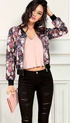Floral blazer for office summer style