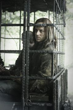 game-of-thrones-season-two-2-hbo-a-man-can-fight.jpg (Jaqen. For now.)