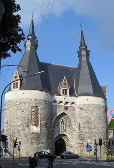 Brusselpoort - Mechelen (Belgium) 13th century