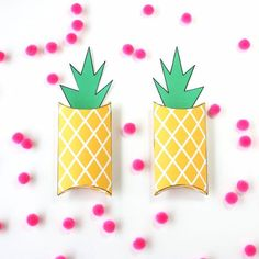 DIY pineapple pillow boxes - perfect for giving candy or gift cards